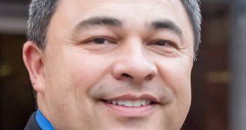 Ken Elston, vice mayor