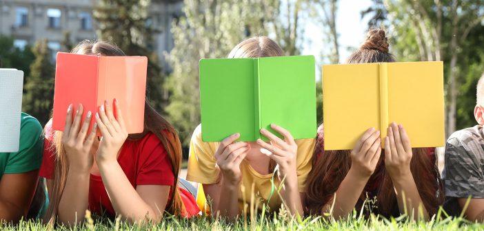 lifelong learning 0819, children reading books outside