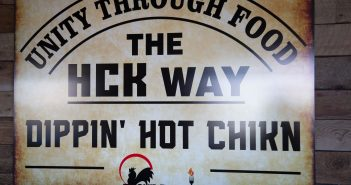 Hot Chickn Kitchn, local flavor 0221