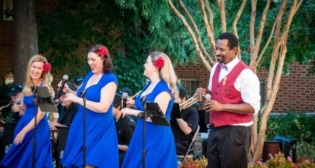 Silver Tones Swing Band